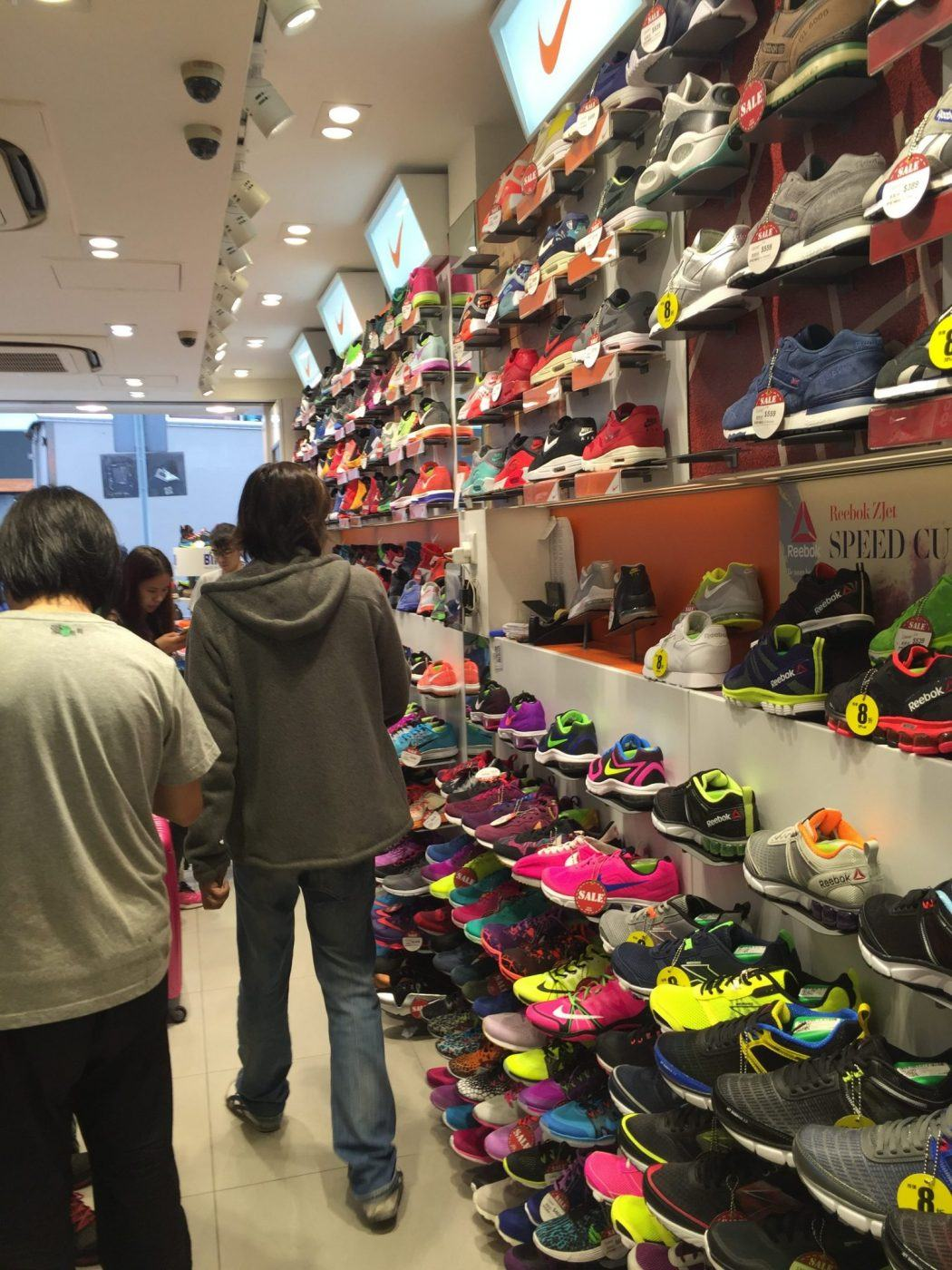 hong kong mongkok sneaker store
