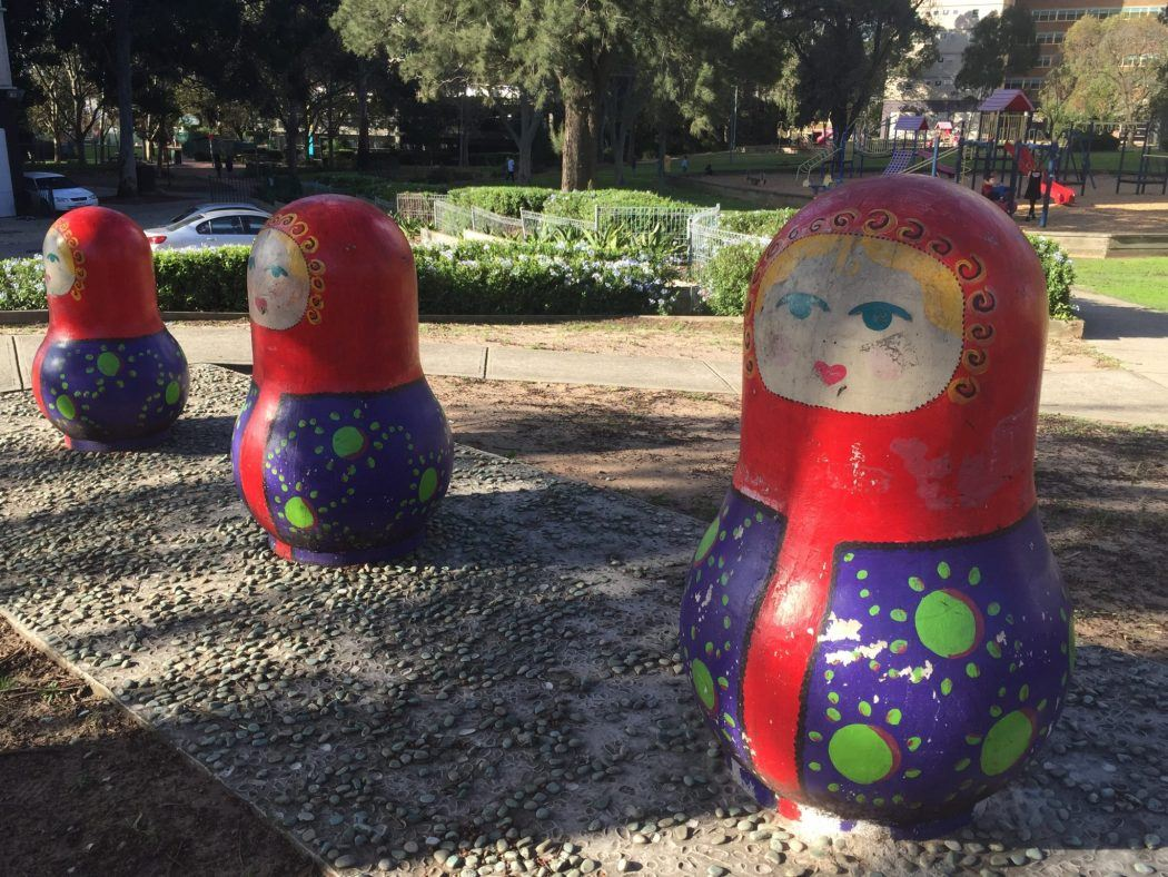russian doll statues in fitzroy melbourne