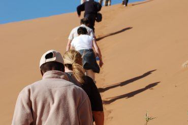 solo travel groups travelling alone