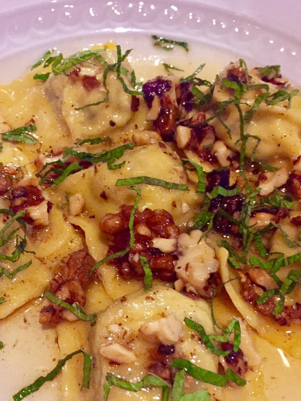 victoria-station-restaurants-hai-cenato-ravioli