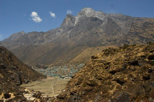 Kunde Nepal seen from the everest base camp trek