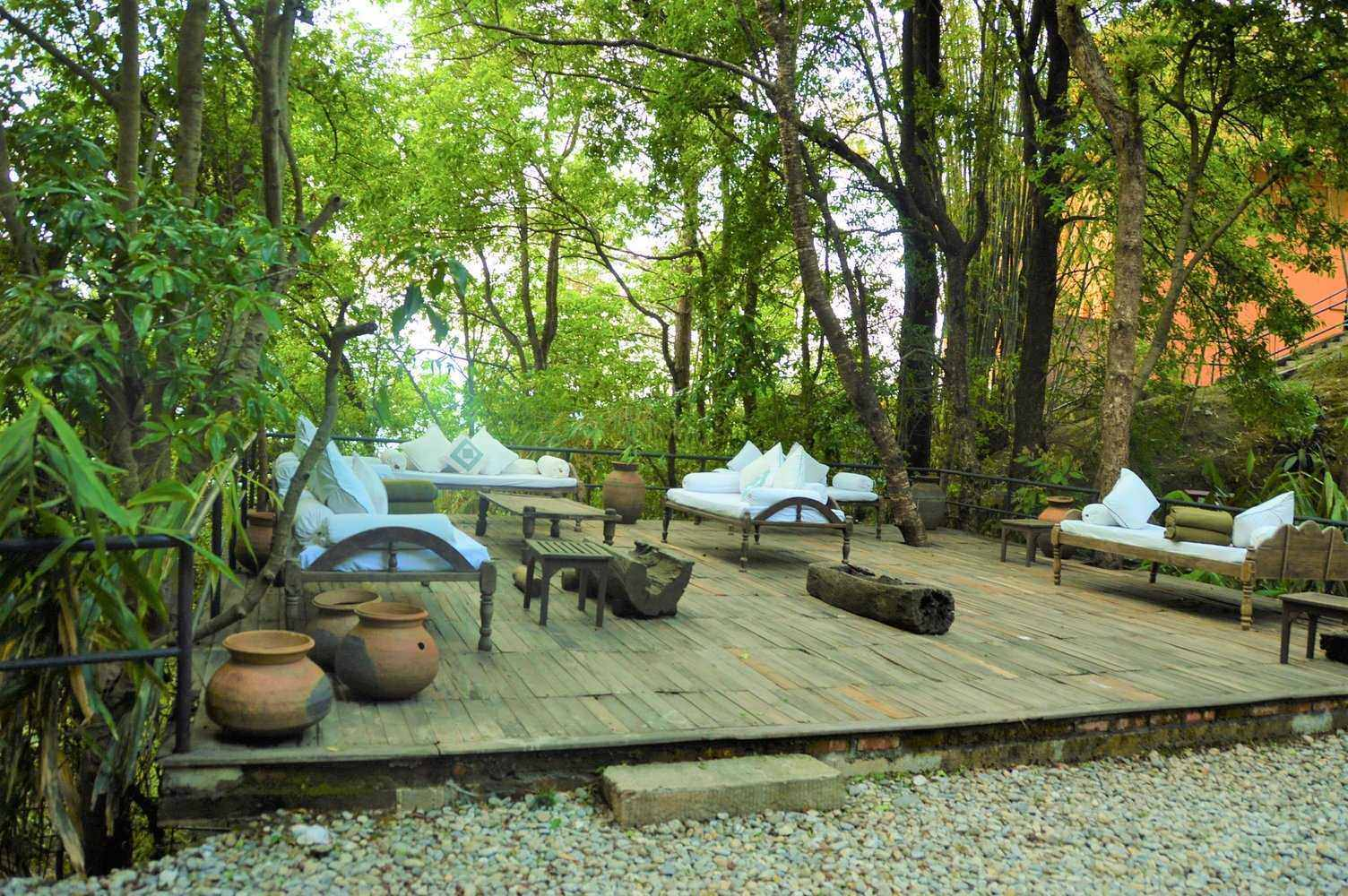 outdoor spa waiting area at dwarika's resort dhulikhel