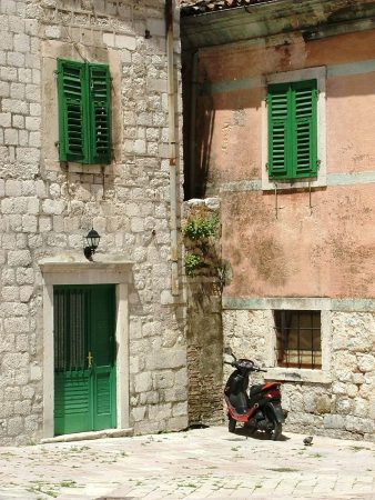 Green shutters in Kotor
