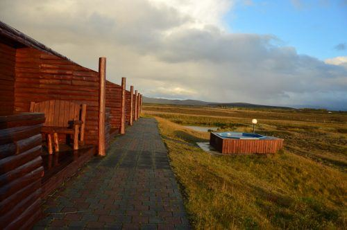 outdoor hot tub and building hotel ranga iceland