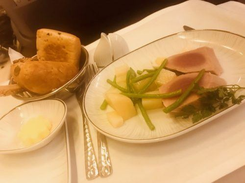 meal thai airways business class review