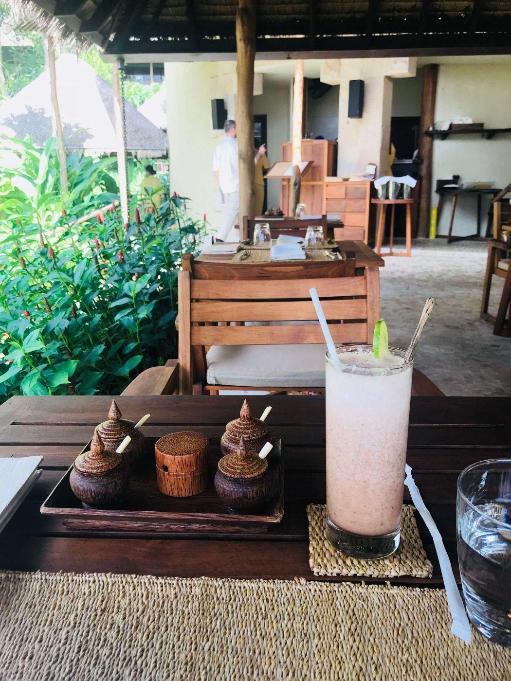 strawberry juice at kamalaya