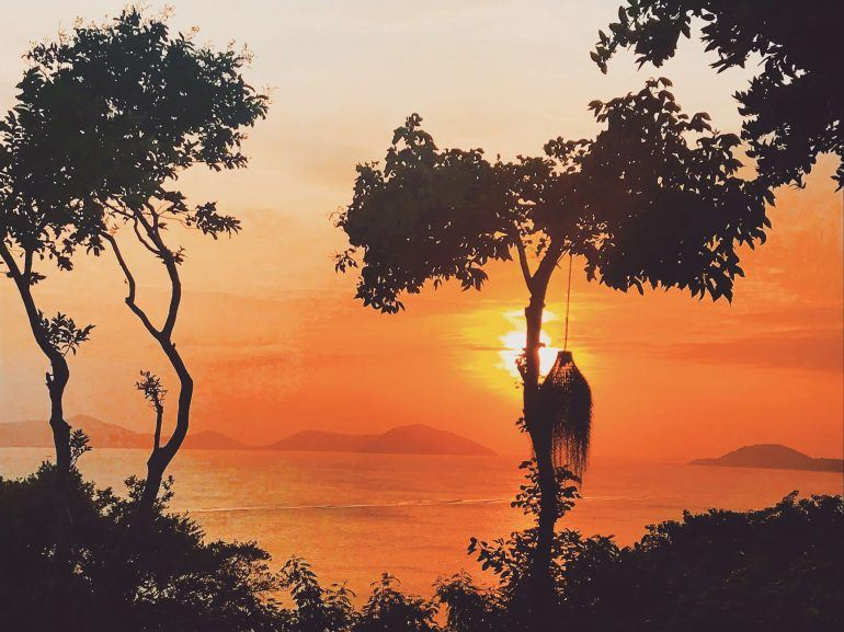 sunset kamalaya
