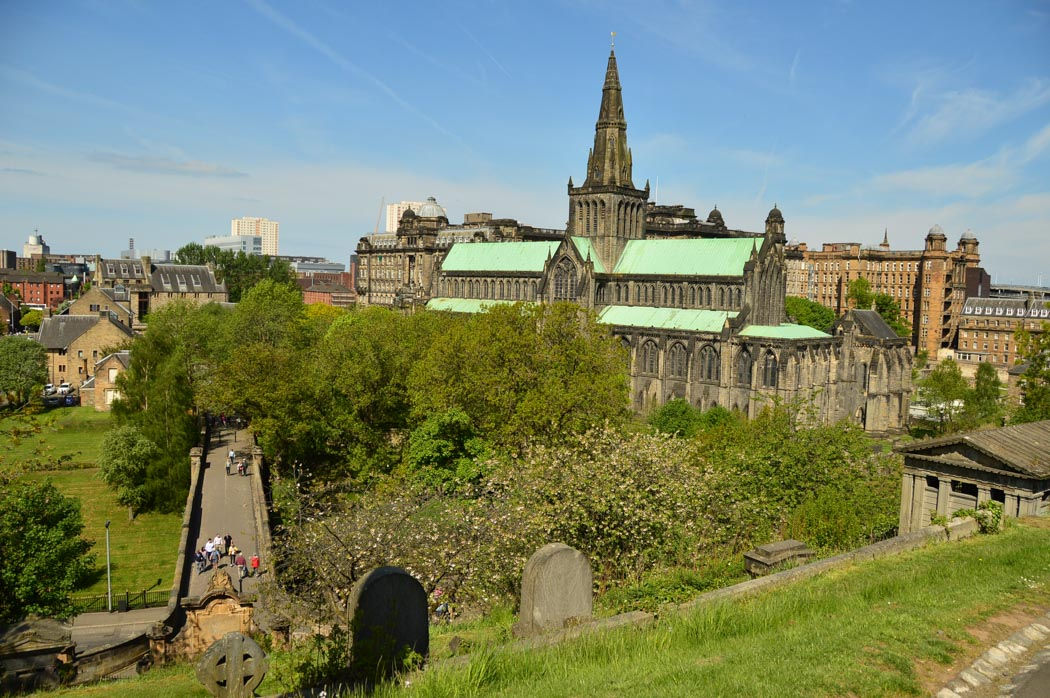 walking tours glasgow