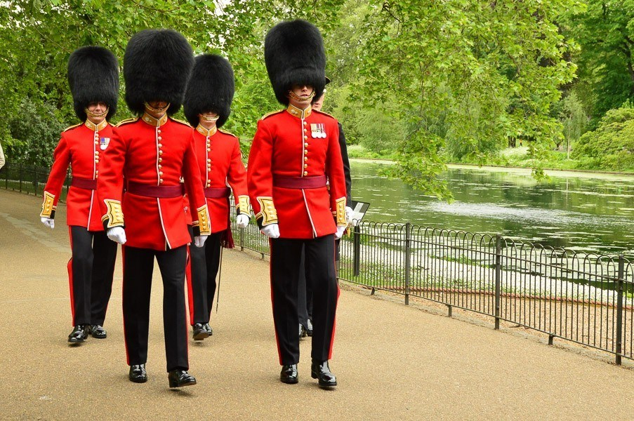 uniformed army officers in london