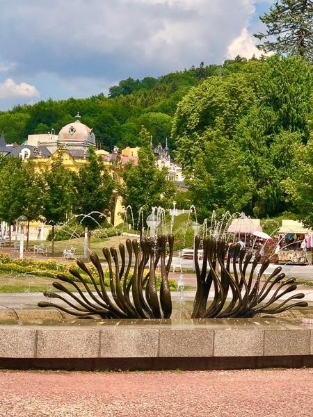 sculputre fountain in park in marianske lazne