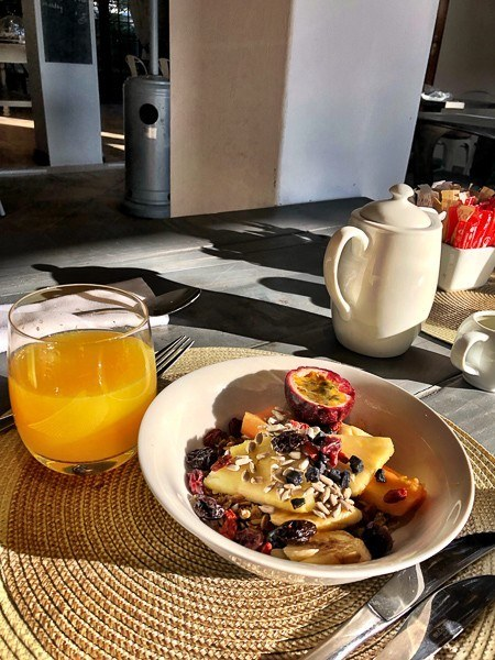 wedgeview hotel stellenbosch juice and fruit and muesli at breakfast