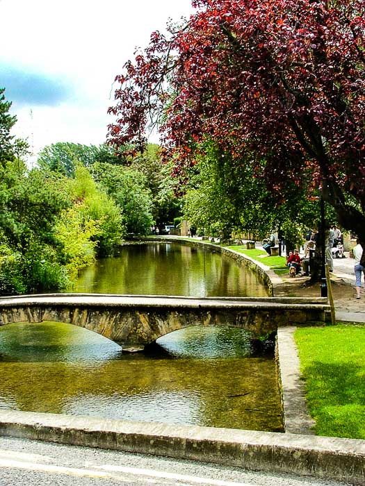 Bridges and lake in Bourton on the water