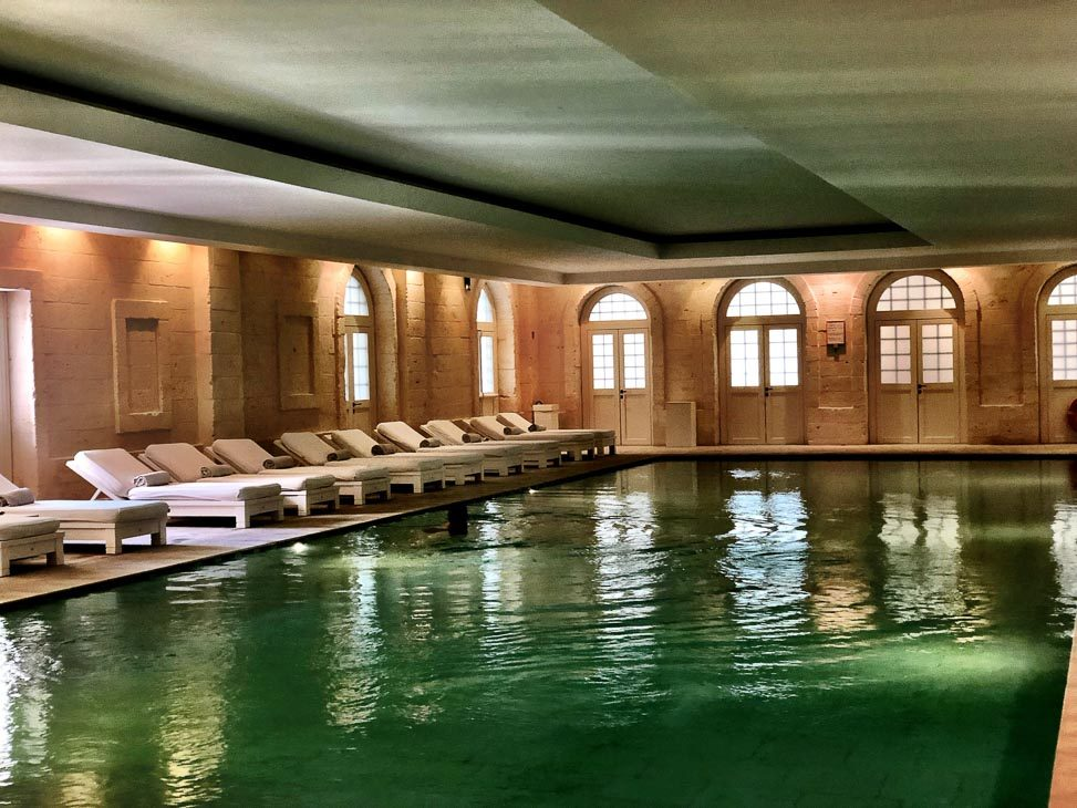 borgo-egnazia-inside-pool