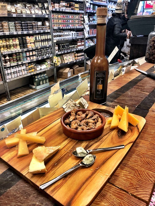 di-brunos-philadelphia cheese tasting platter