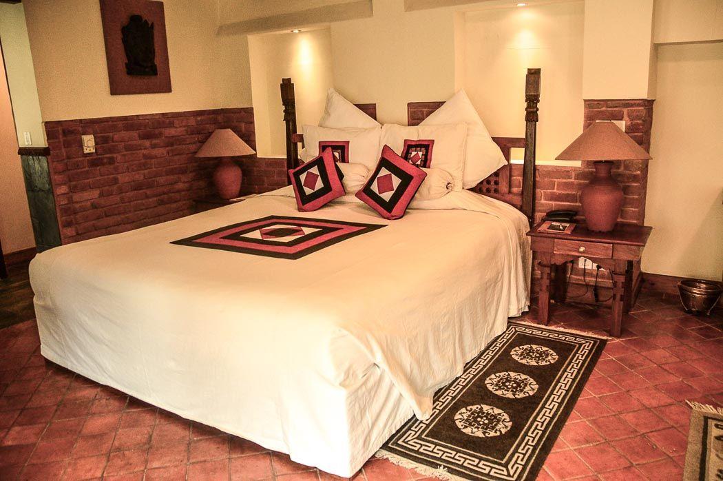 dwarika hotel kathmandu king sized bed