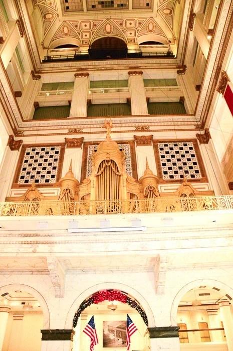 macy's pipe organ in philadelphia