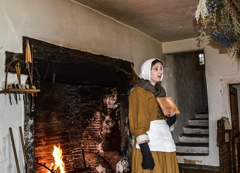 actor playing a servant at Llancaiach Fawr Manor