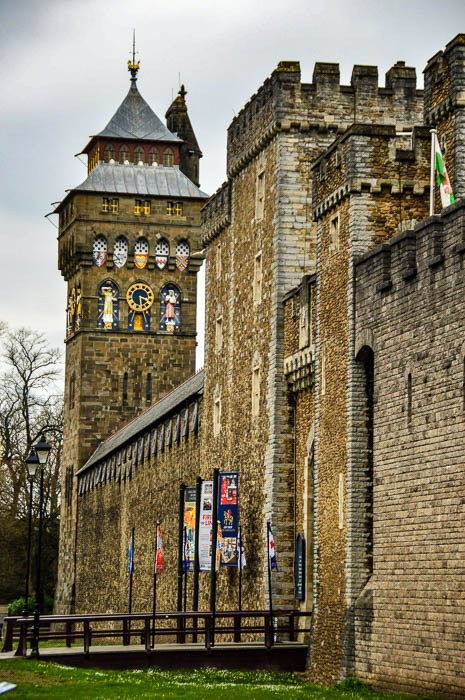 cardiff castle wales tourist attractions