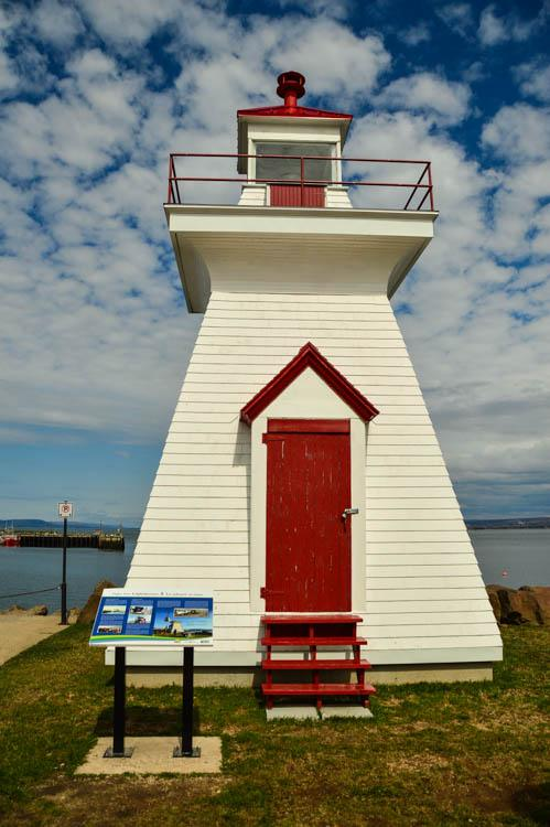 digby lighthouse nova scotia