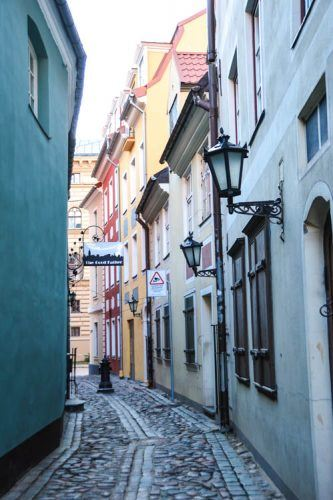 narrowest street in riga
