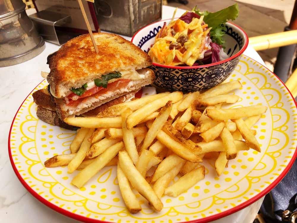england_cotswolds_tebury-blue-zucchini-toasted-sandwich