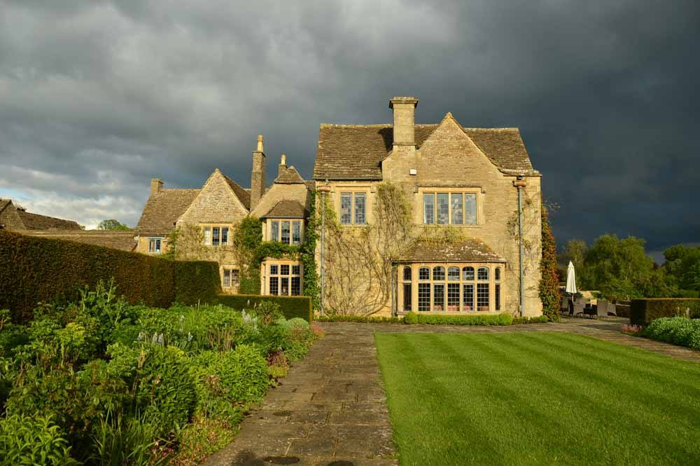 england_cotswolds_whatley-manor-exterior-thunder-skies