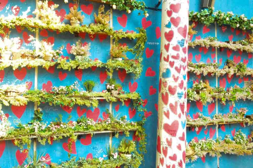 korea_daegu_heart-wall-mural