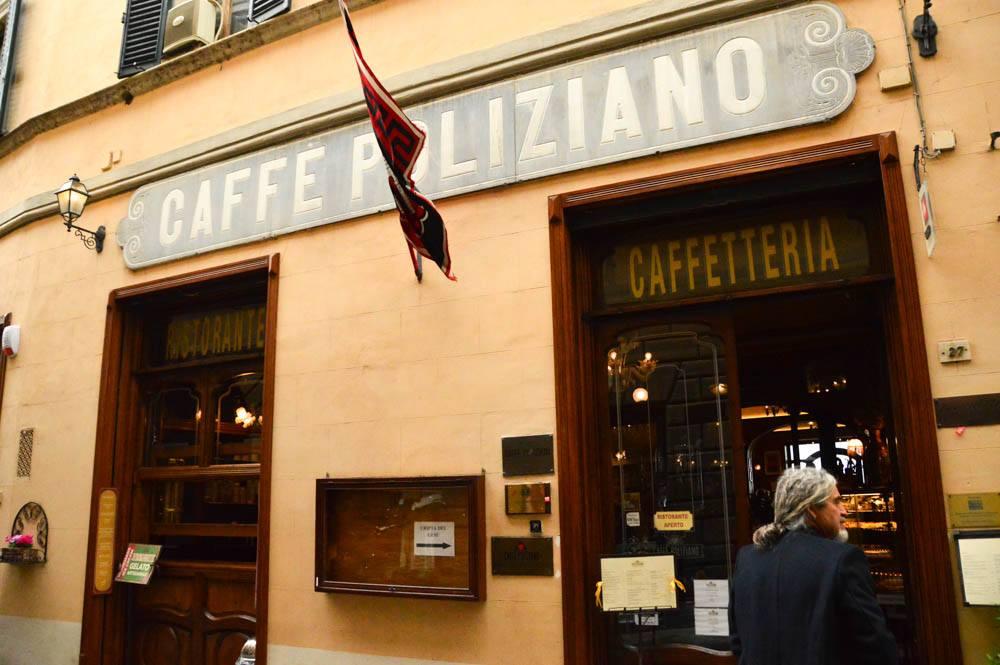 Italy_Montepulciano_caffe-poliziano