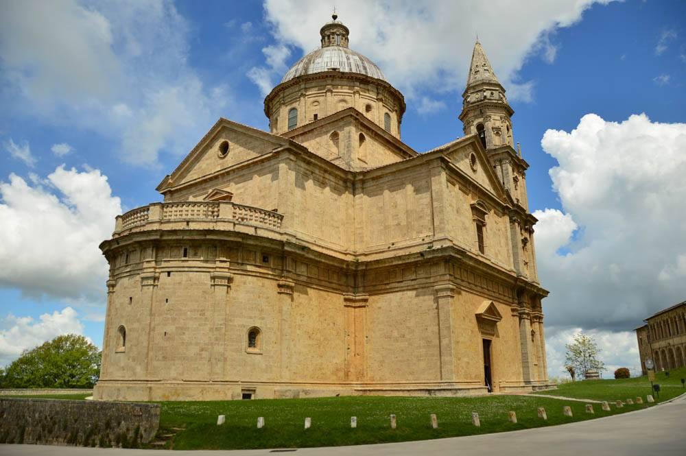 Italy_Montepulciano_church-2
