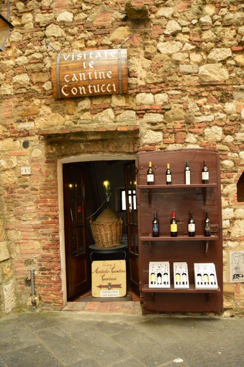 Italy_Montepulciano_contucci-winery