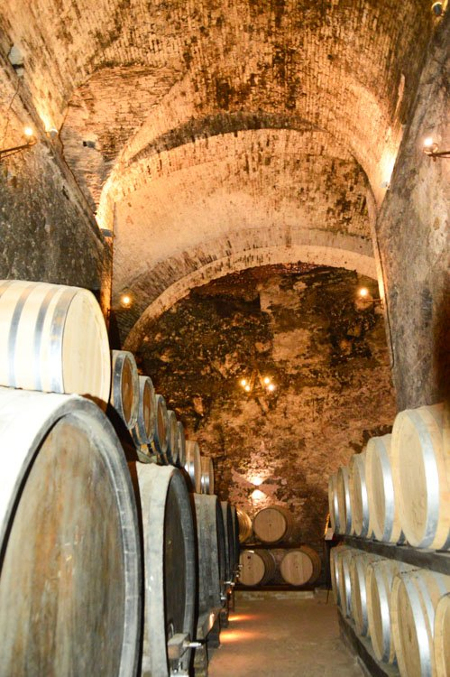 Italy_Montepulciano_wine-barrels-2