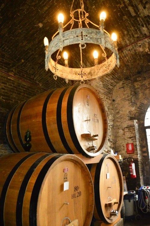 Italy_Montepulciano_wine-barrels