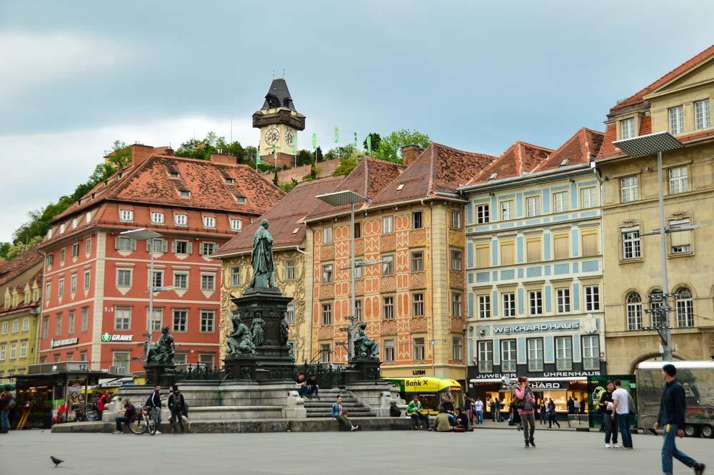 austria_graz_main-square