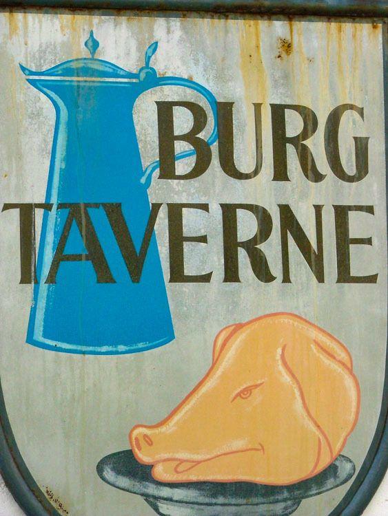 austria_itinerary_salzburg-sign