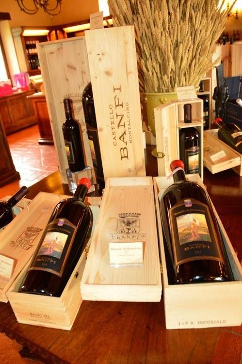 italy_montepulciano_banfi-wine-bottle