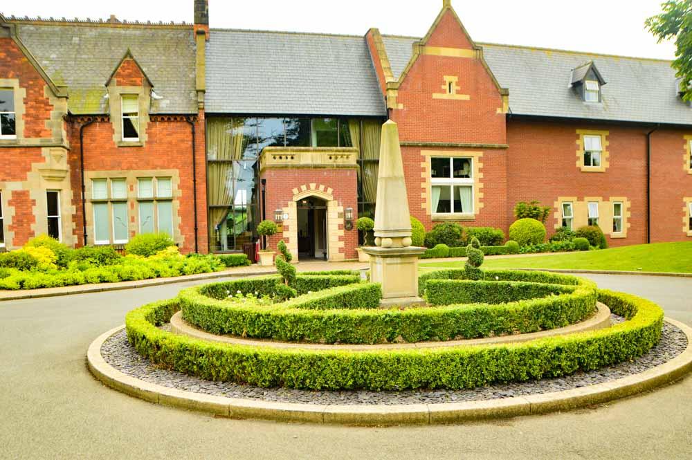 england_yorkshire_rockliffe-hall-exterior