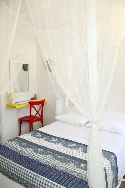 greece_ios_mylopotas-beach-gorgona-hotel-room