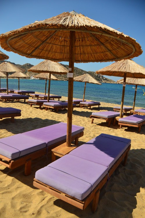 greece_ios_mylopotas-beach-purple-sun-lounger