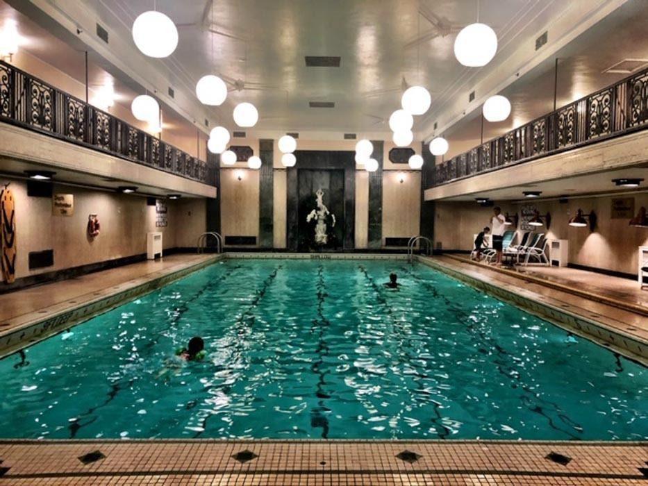 Canada_ottawa_chateau-laurier-pool