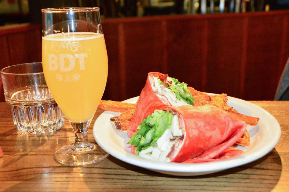canada-ottawa-brasserie-du-temps-burrito