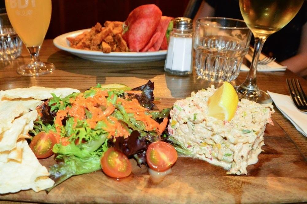 canada-ottawa-brasserie-du-temps-crab