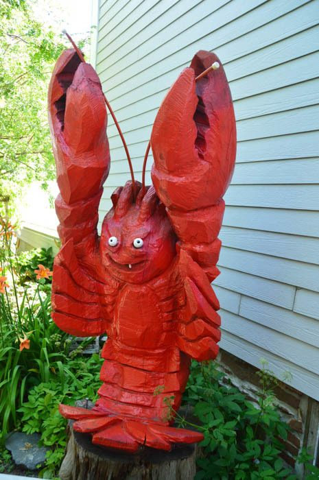 canada_new-brunswick_standrews-the-gables-lobster-statue