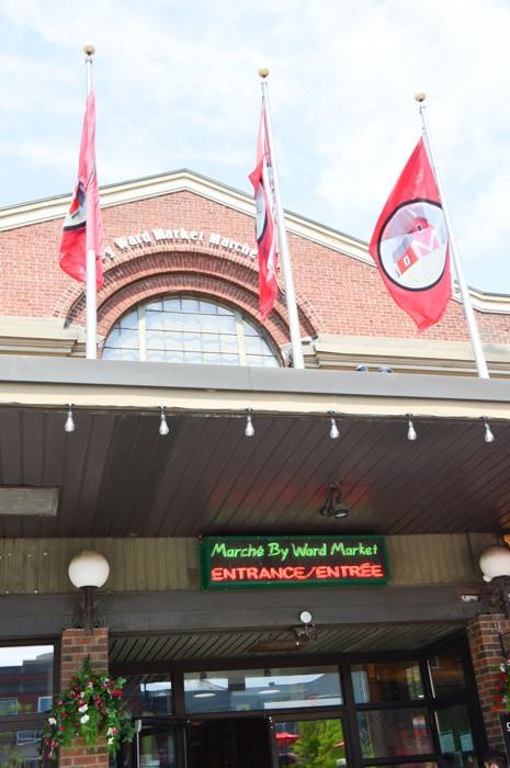 canada_ottawa_byward-market-entrance