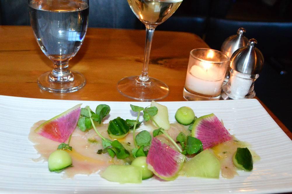 canada_ottawa_byward-market-play-restaurant-tuna