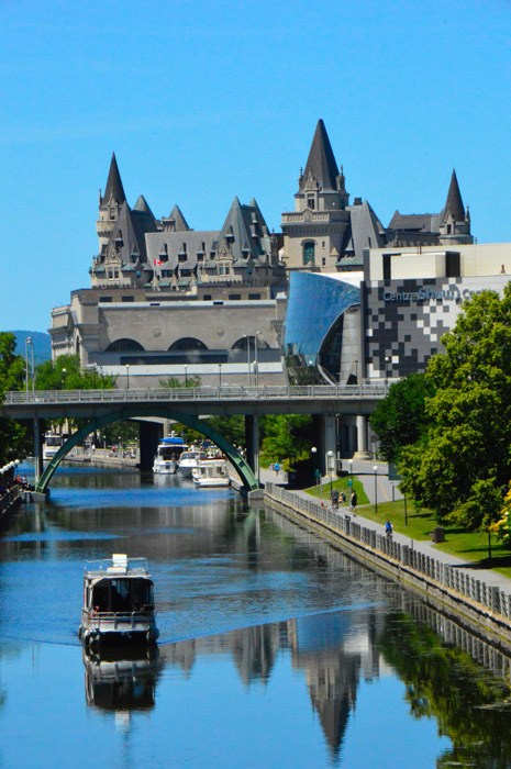 canada_ottawa_chateau-laurier-from-the-canal