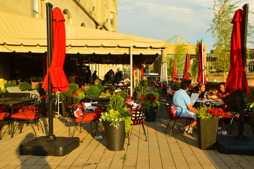 canada_ottawa_fairmont-laurier-la-terrasse