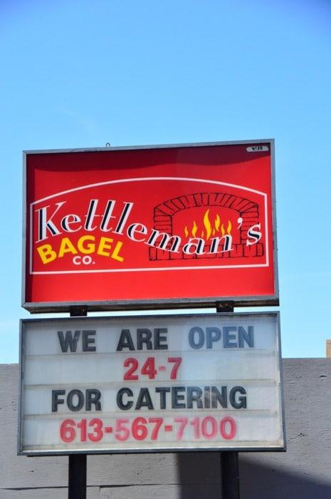 canada_ottawa_kettelmans-bagels-sign