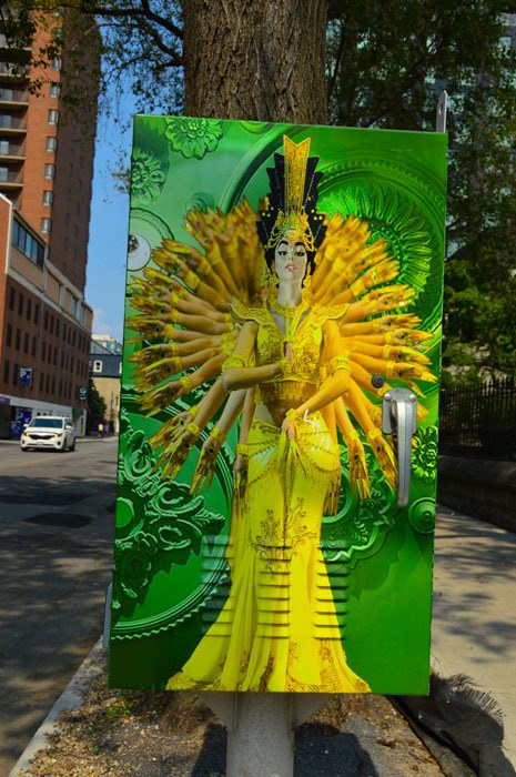 canada_ottawa_mural-box-yellow