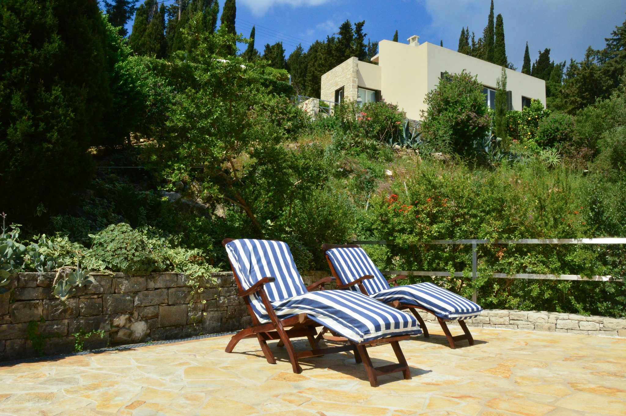 greece_paxos-villa-glaros-upper-terrace-pool-7