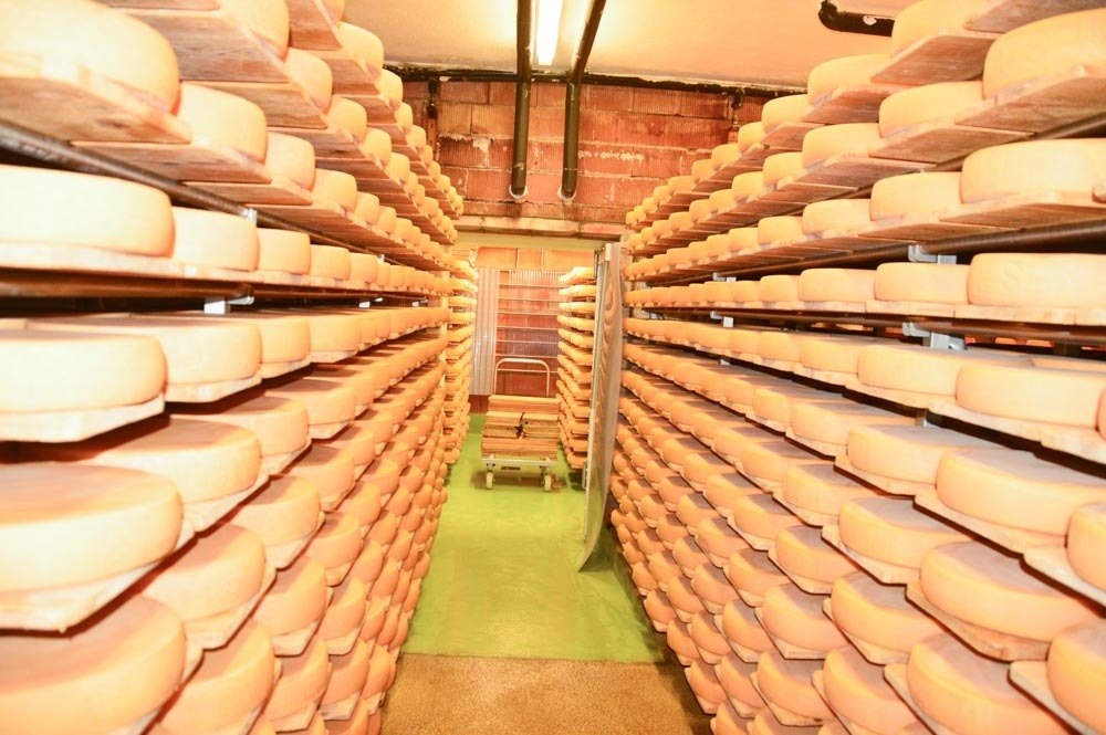 switzerland_verbier_fromagerie-cheese-wheels